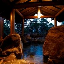【貸切露天風呂】≪壱の湯≫ 岩室