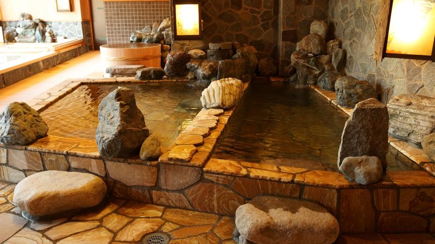 ●【大浴場】≪廿の湯≫ 岩風呂