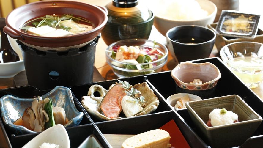 ●【お食事】朝食(例:和食)