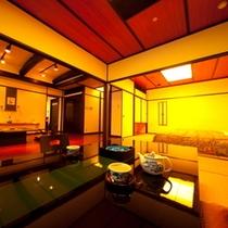 【部屋】檜風呂付和室[ききょう]10畳の和室とベッドのある8畳の和室、約20平米のリビング、1.5m