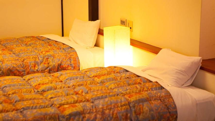 檜風呂付和洋室/シモンズ社製セミダブルベッドをご用意