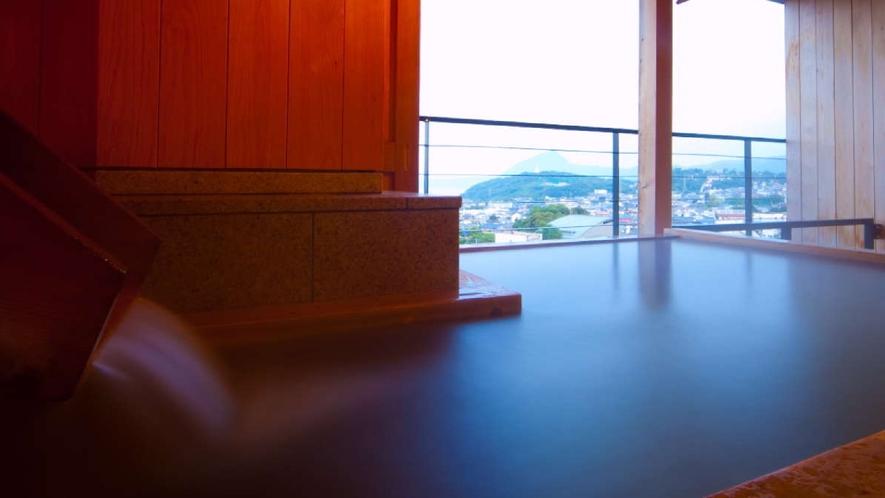 露天風呂付和室/露天風呂から望む昼の景色