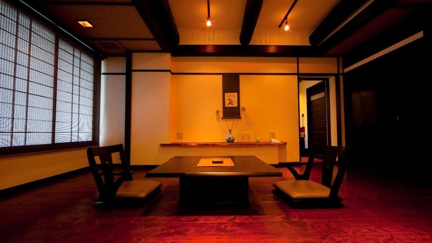 檜風呂付和洋室「ききょう」/リビングスペース