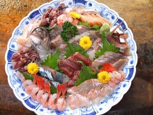 【お部屋食】新潟旅行応援〜海の幸いっぱいスタンダード〜季節のお刺身、蟹、貝類