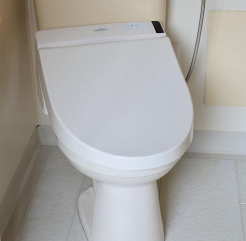 温水洗浄式・ウォシュレットタイプ・トイレ
