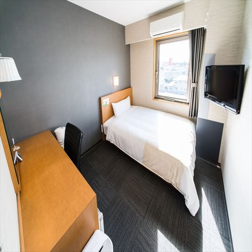 セミダブルワイドベッド150cm幅・静か、カップルにも人気な2名様まで