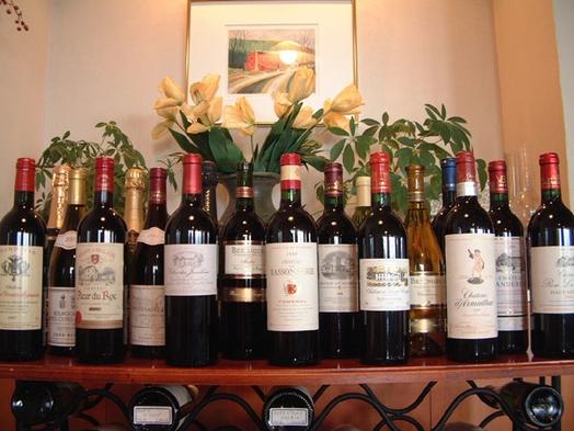 【自然絶景】蔵王牛ロース+選べるワイン大人2名様毎にボトル1本のお得プラン 雲海と夕陽と星空の絶景宿