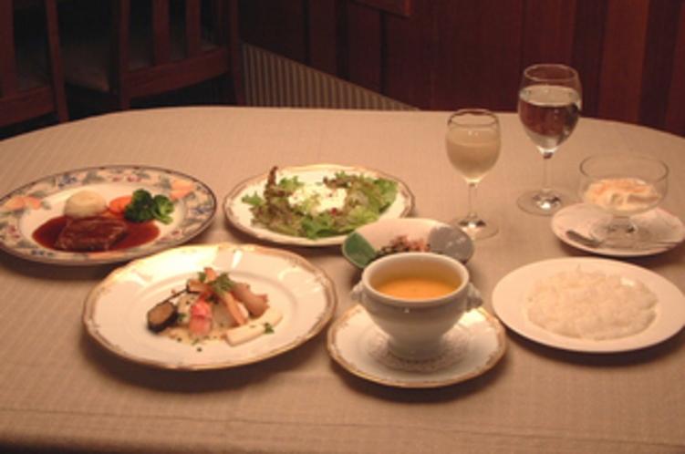夕食 dinner フレンチ/イタリアンのフルコース