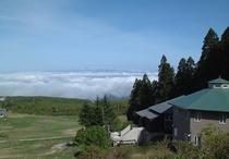 ペンションから見られる雲海