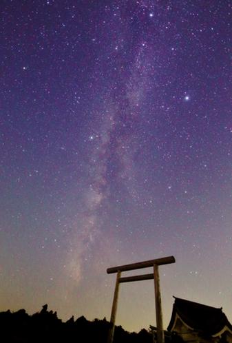 お釜リフト駐車場から見られる星空