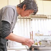 調理は若旦那が腕を振るいます3