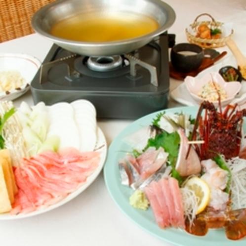 マーフィのスタンダードお食事プラン。金目鯛のしゃぶしゃぶと地魚お刺身、伊勢海老料理