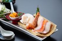 台の物 【雲丹しゃぶ 笹打ち葱 水菜 鯛、鰤、赤海老、帆立、サーモン、生雲丹】