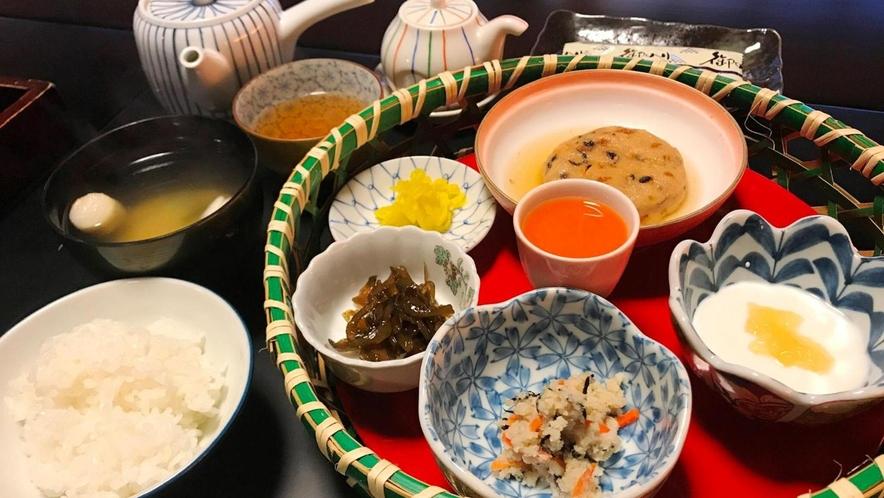 精進料理朝食一例