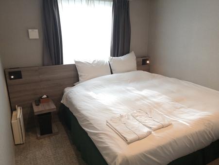 禁煙コンフォートダブル15平米/ベッド幅190×1【1名】