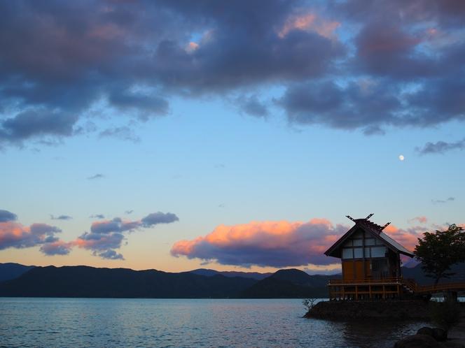 田沢湖 夕暮れ