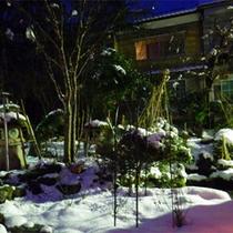 *中庭の眺め(冬)/夕朝のお食事をご用意する食堂やロビーから一望できます。