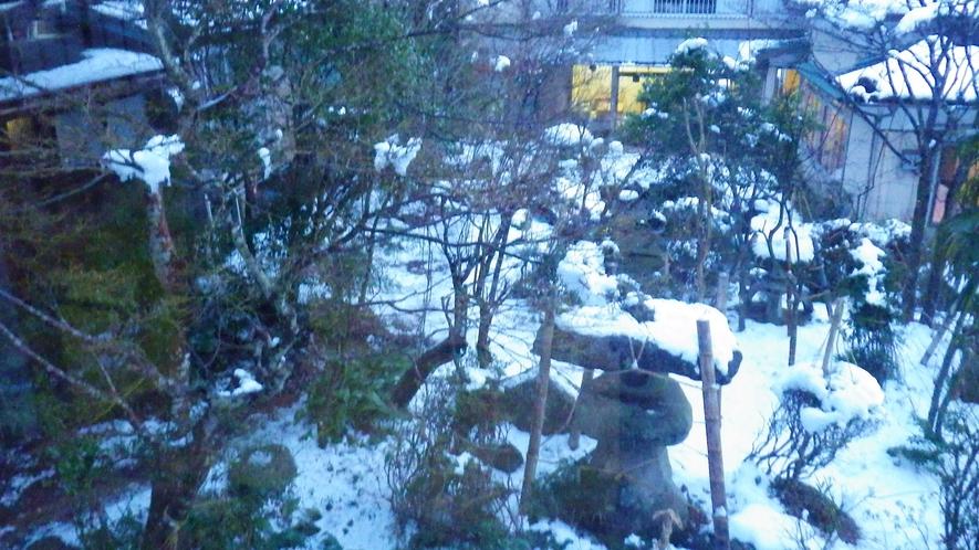 *中庭/2階の客室からの眺め。※眺望はお部屋により異なります。