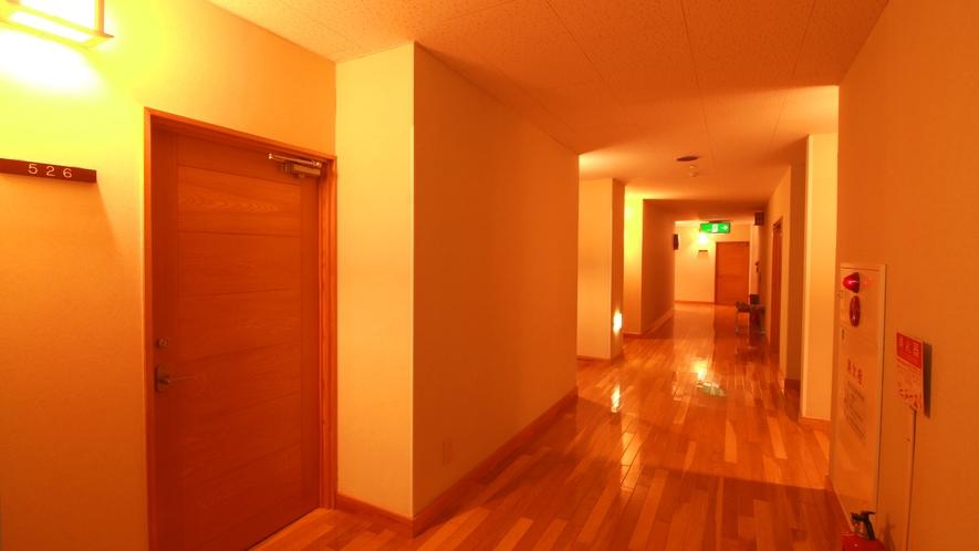 館内 客室前廊下