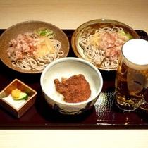 ご夕食一例(ソースかつ丼とおろし蕎麦)