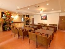 ロビー&朝食スペース