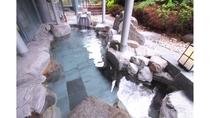 【大浴場】露天風呂(岩風呂)