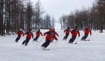 スキースクールのデモ