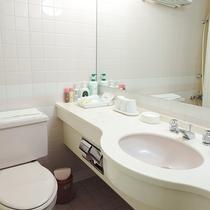 *【洋室/洗面台】全室ユニットバストイレ付です。