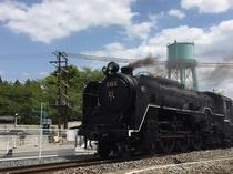 【京都鉄道博物館】走る蒸気機関車が見られるのも特徴です。