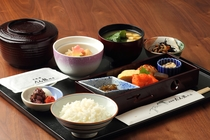 【たん熊 北店】老舗京料理の朝食を。※写真は和定食