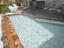 屋上庭園露天風呂「月下の湯」