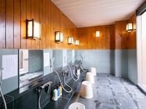 屋上露店風呂(女湯洗い場)