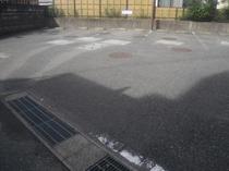 駐車場(当館裏)の写真です