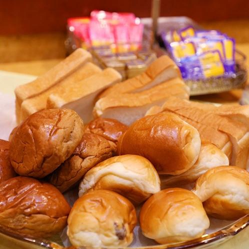 宿泊者様には無料の朝食