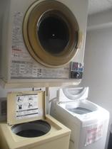 6階に乾燥機は1台ございます