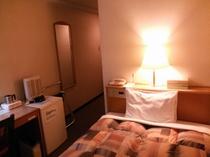 シングルルームの写真です(1)