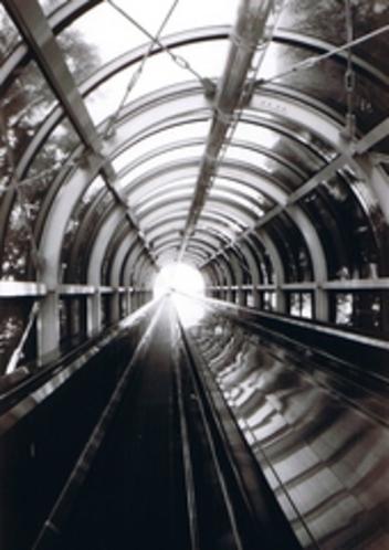 銀世界へのトンネル