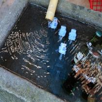 野沢温泉の湧き水で冷やしたラムネ