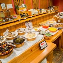 ◆朝食バイキング◆素泊まりの方でも前日申込¥1,000/当日申込¥1,300(税込)でご利用頂けます