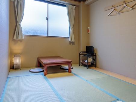 【禁煙】専用バス・トイレ付きの6畳和室【高速WiFi】