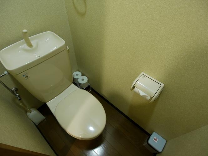 バス・トイレ付きの個室はセパレートタイプのトイレ