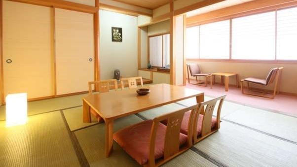 ◆〜窓際の広縁付き〜2F 和室 10帖
