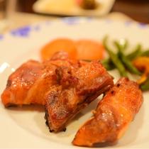*[夕食一例]自家製味噌に漬け込んで作った信州ポークのスペアリブ