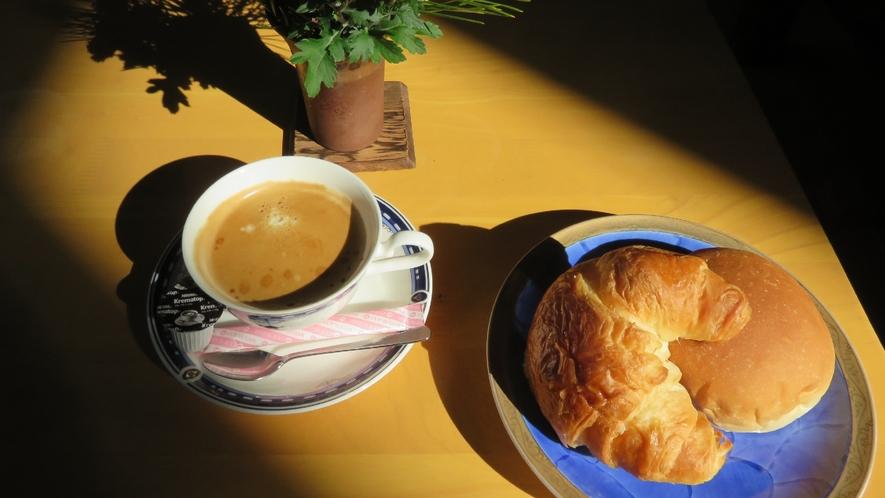 お食事の一例 パンコーヒーセット