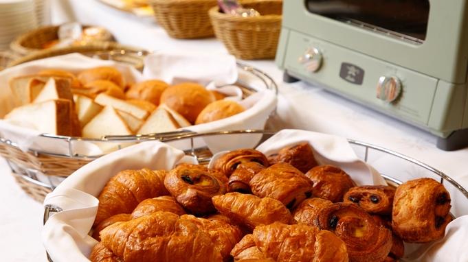 カフェ飯&約40種類の和洋朝食バイキングプラン