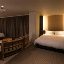 ≪ハーバーグランデ≫セミダブルベッド2台とキングサイズベッド1台を備えた快適な居室空間