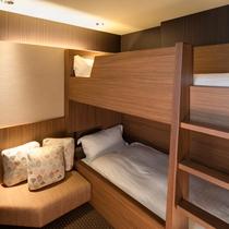 ≪ファミリーグランデ≫お子様連れに便利な二段ベッドを備えたファミリーにやさしいお部屋