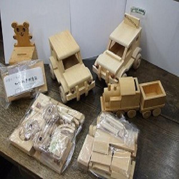 木工体験は「ふるさと体験館」にて♪
