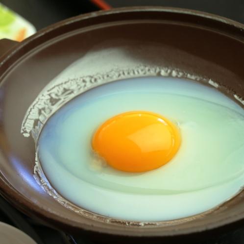 朝食 目玉焼き-あったかいご飯とホッとするお味噌汁など味わえる和定食