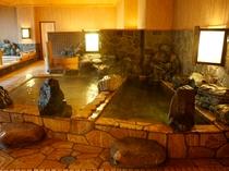 【大浴場】≪廿の湯≫岩風呂